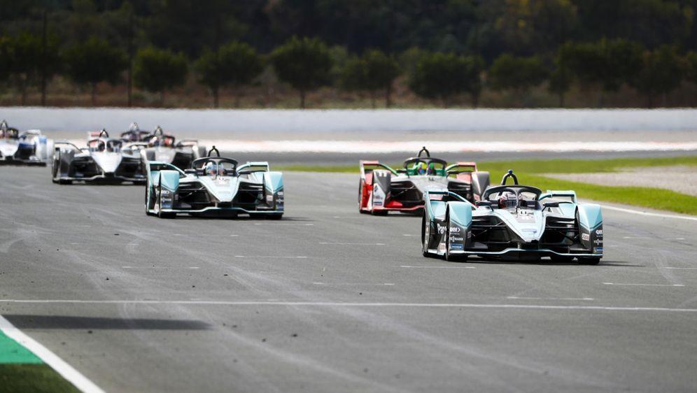 Die Formel E macht einmal mehr für Tests in Valencia Station. - Bildquelle: Motorsport Images