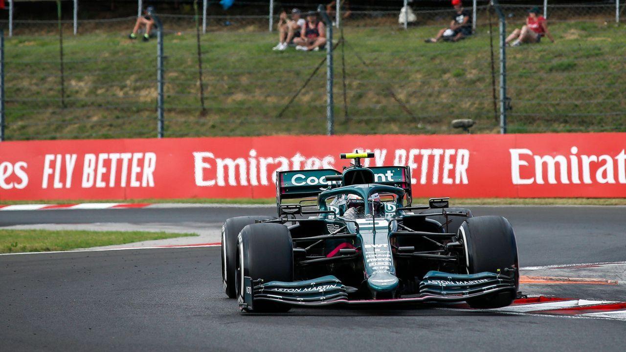 Duell mit Stroll geht an Vettel - Bildquelle: imago images/HochZwei