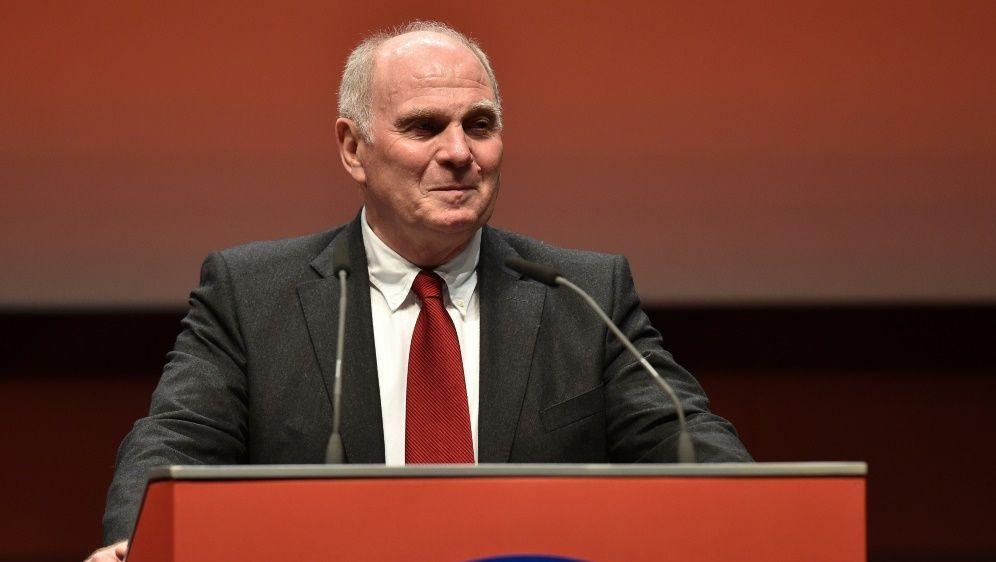 Ehrenpräsident von Bayern München: Uli Hoeneß - Bildquelle: AFPSIDChristof Stache