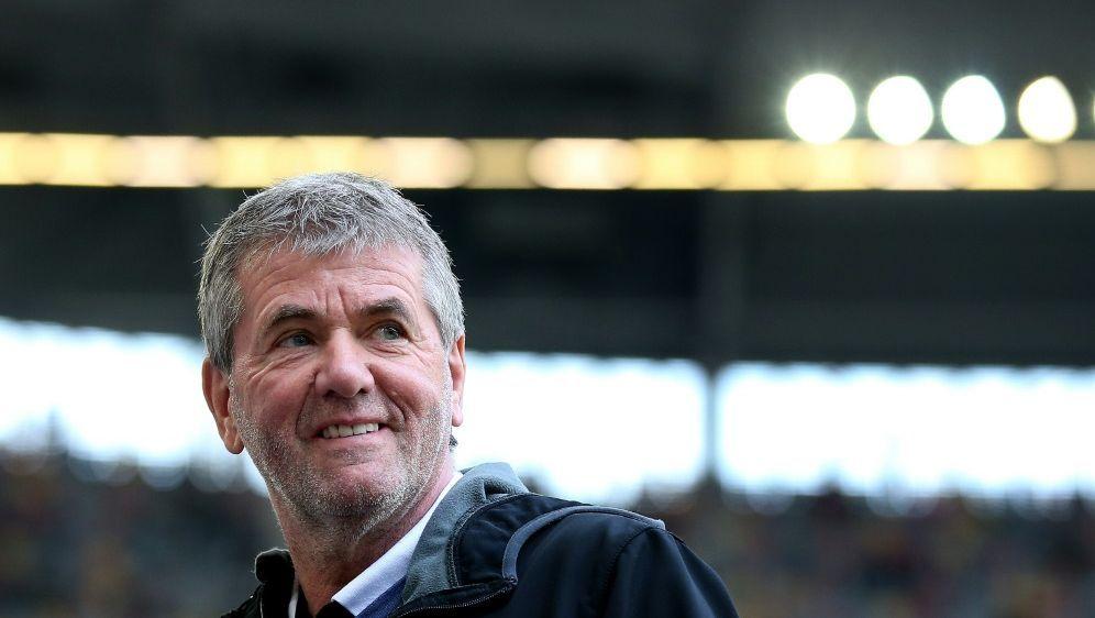 Funkel ist seit 2016 Trainer von Fortuna Düsseldorf - Bildquelle: AFPSIDRONNY HARTMANN