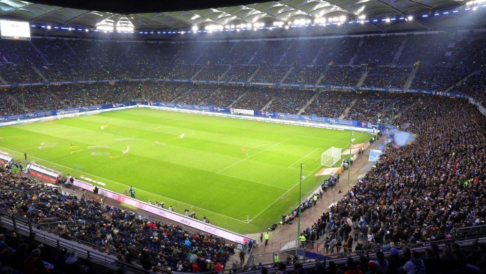 Der HSV darf wieder in einem vollem Stadion spielen - Bildquelle: FIROFIROSID