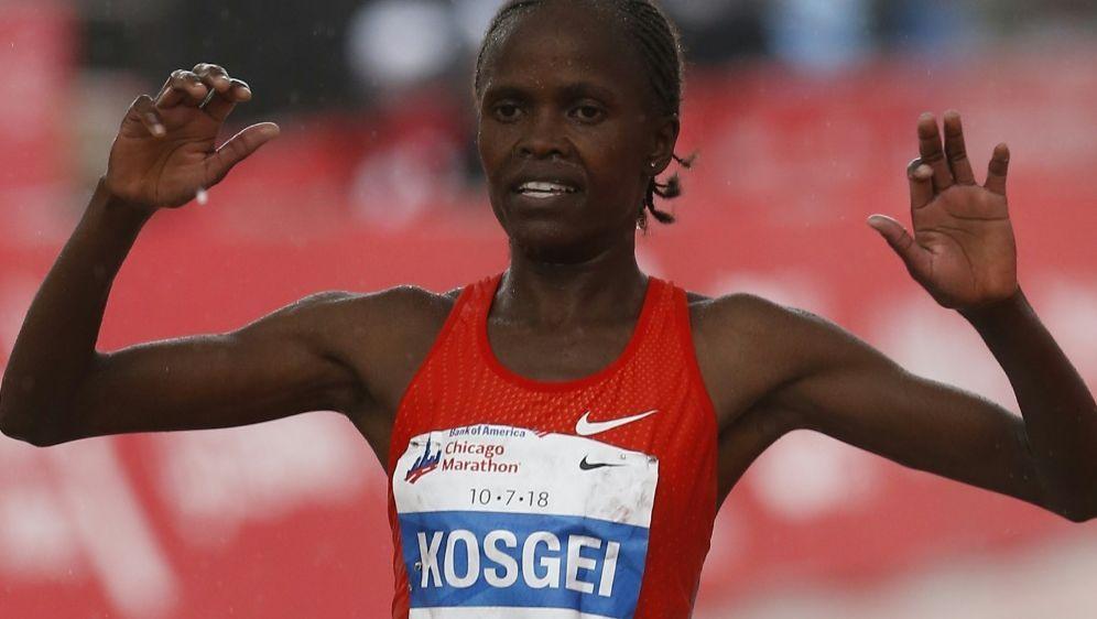 Verteidigte ihren Titel in Chicago: Brigid Kosgei - Bildquelle: AFPSIDJIM YOUNG