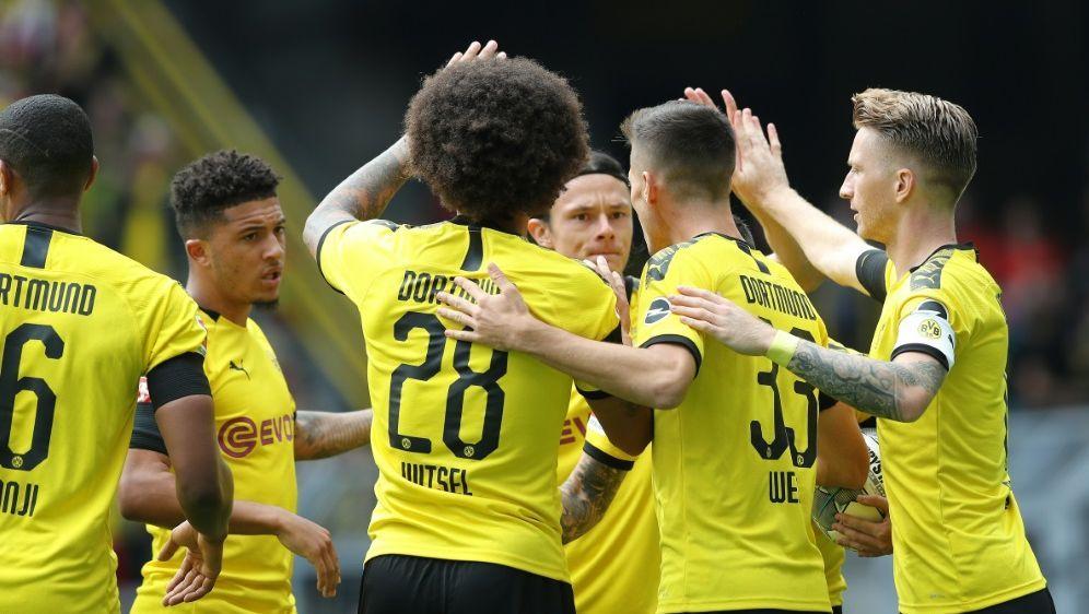 Der BVB schlug den FC Augsburg mit 5:1 - Bildquelle: FIROFIROSID