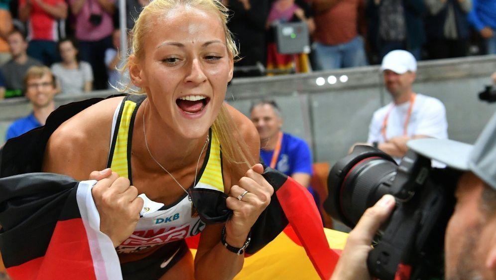 Kristin Gierisch sprang 13,80 m für das Team Europa - Bildquelle: AFPSIDANDREJ ISAKOVIC