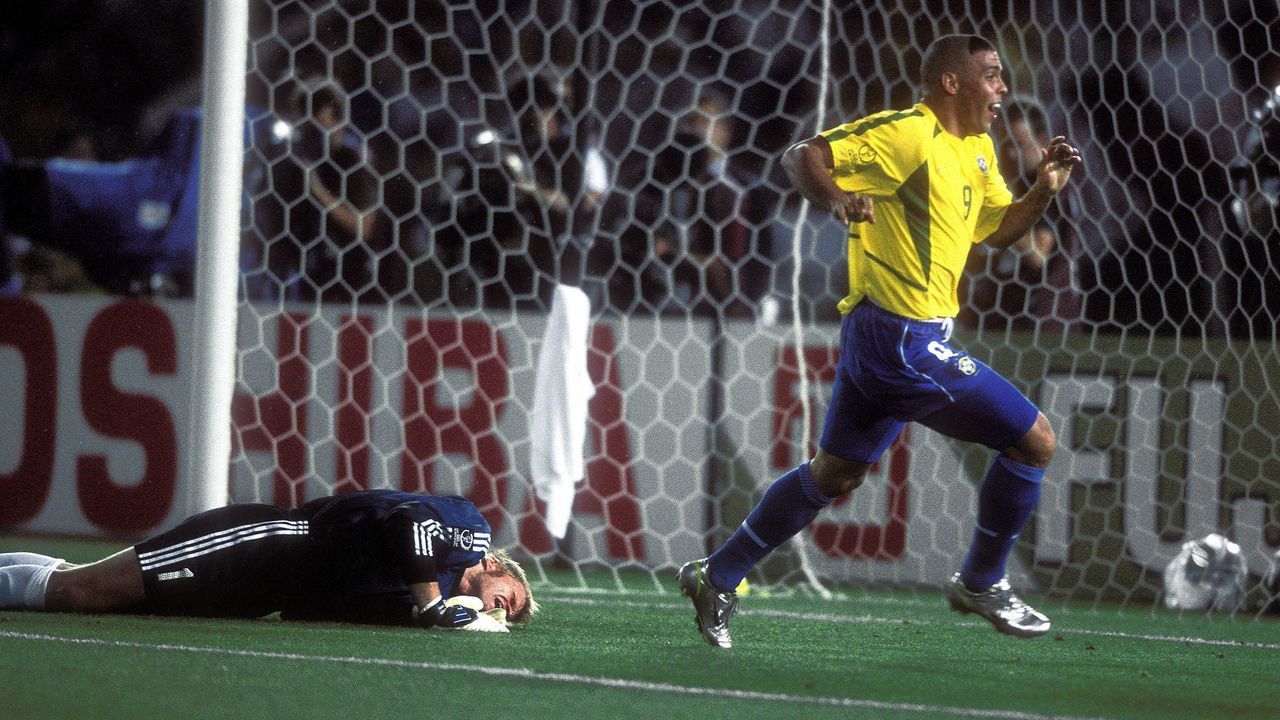 Brasilien gewinnt die WM 2002 - Bildquelle: imago/Laci Perenyi
