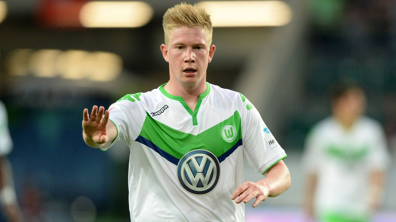 1. VfL Wolfsburg (30 Millionen Euro) - Bildquelle: imago/Sven Simon
