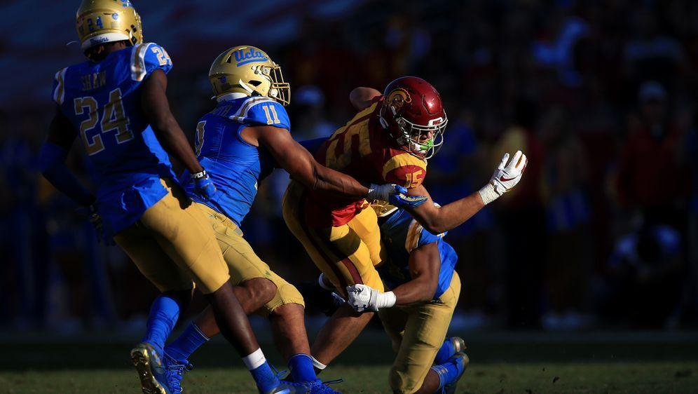Das Duell UCLA gegen USC gehört zu den großen Rivalitäten im College-Footbal... - Bildquelle: getty