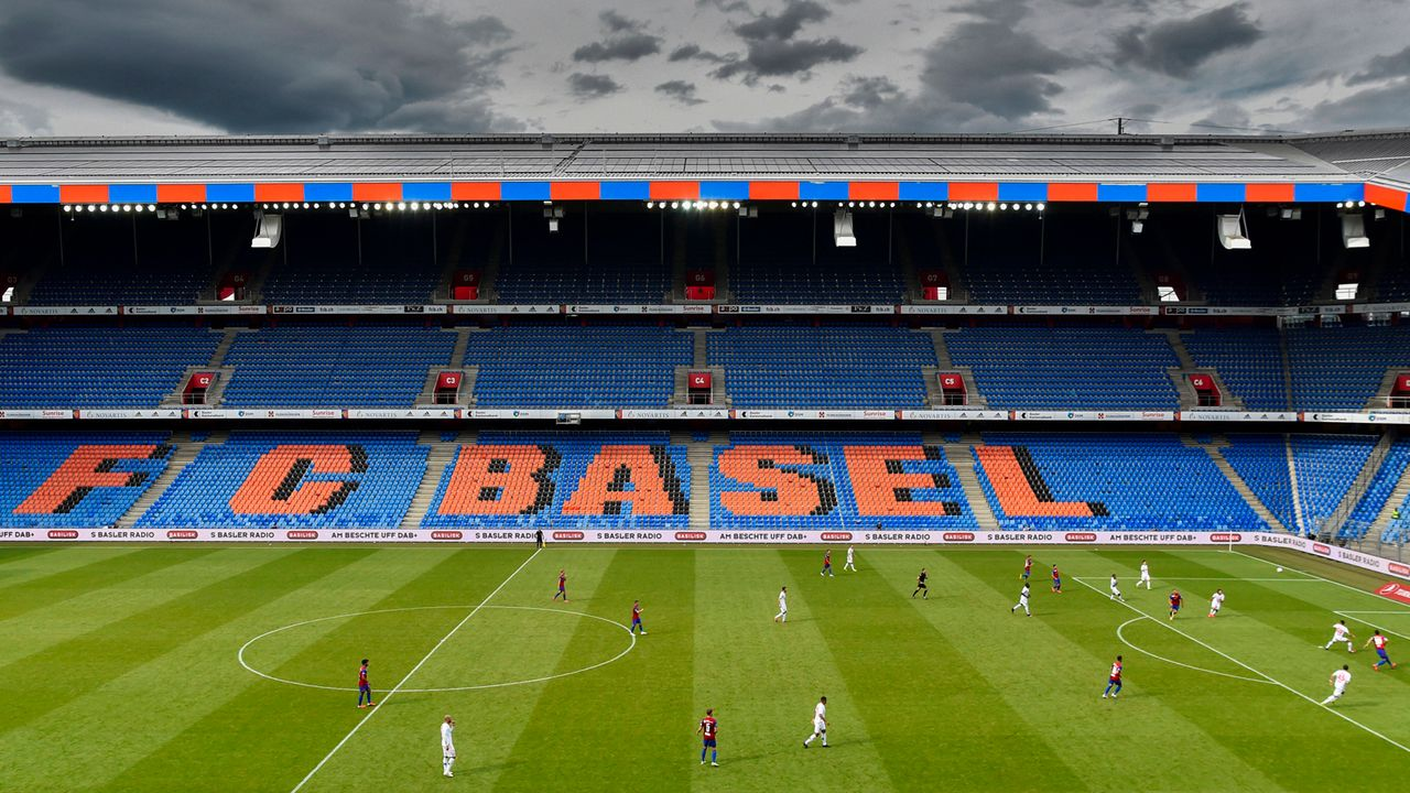 Platz 13: Super League (Schweiz) - Bildquelle: imago images/Pius Koller