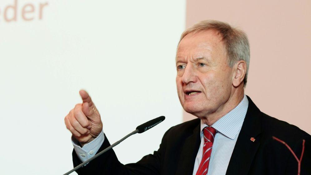 """Friedhelm Beucher hält WM in Dubai für """"Fehler"""" - Bildquelle: Picture alliance  DBSPicture alliance  DBSSIDSEBASTIAN WILLNOW"""