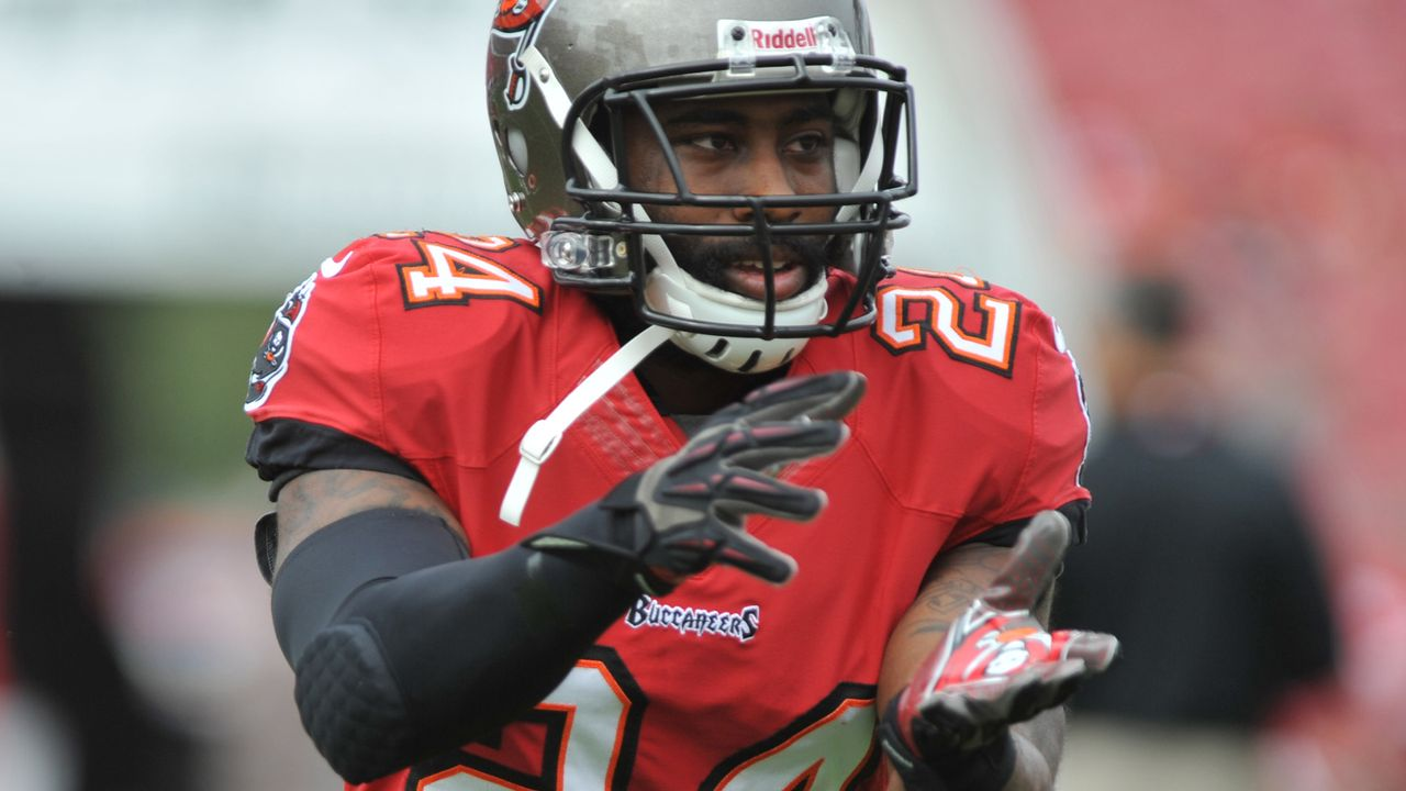 Tampa Bay Buccaneers: Darrelle Revis (CB) - Bildquelle: Getty