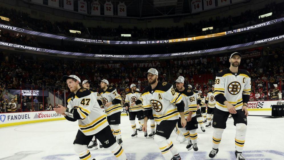 Boston Bruins holen die Prince of Wales Trophy - Bildquelle: GETTY AFPSIDBRUCE BENNETT