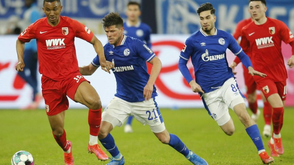 Schalke sichert sich einen knappen Sieg gegen Augsburg - Bildquelle: AFPPOOLSIDLEON KUEGELER
