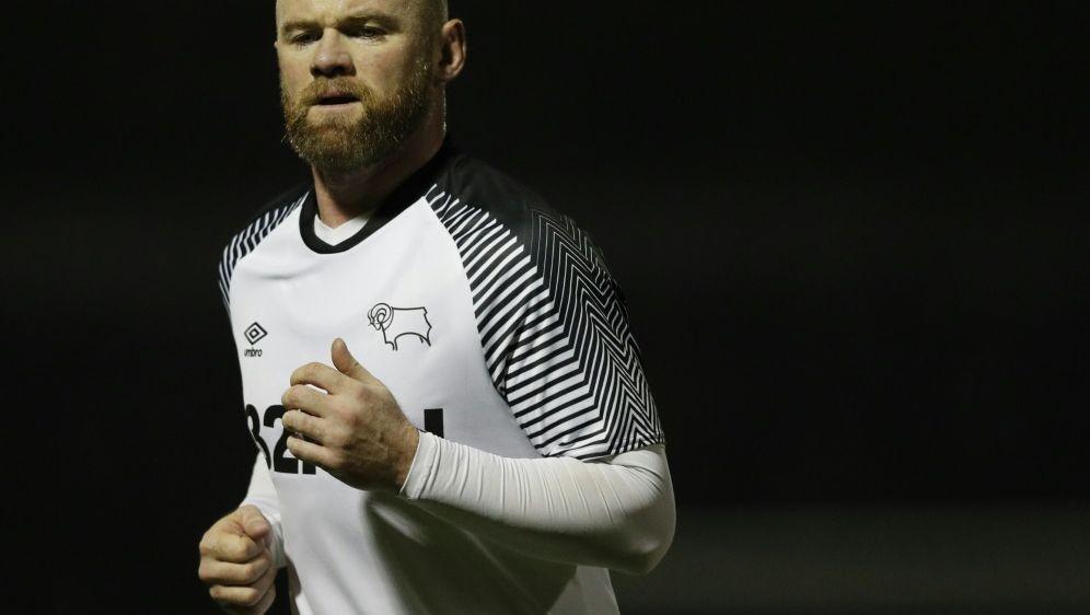 Trifft erstmals für Derby County: Wayne Rooney - Bildquelle: AFPSIDADRIAN DENNIS