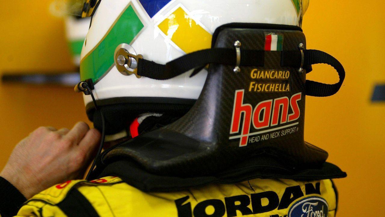 Das HANS-System - Bildquelle: imago images / Motorsport Images
