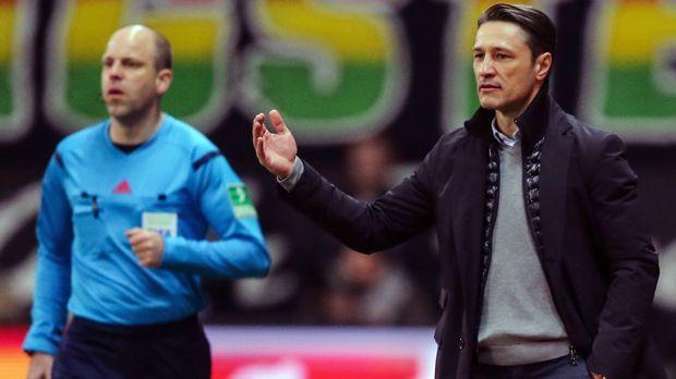 Eintracht Frankfurt - sechs Trainerwechsel - Bildquelle: 2016 Getty Images