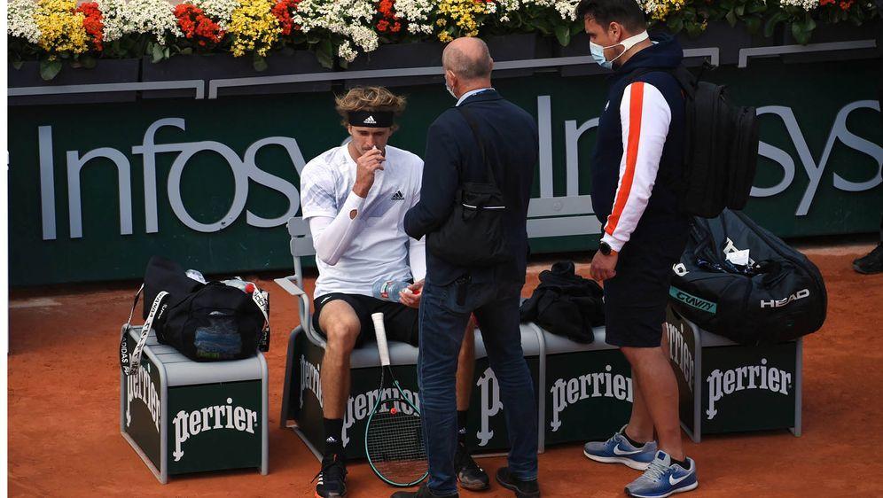 Alexander Zverev scheiterte im Achtelfinale der French Open. - Bildquelle: imago images/Paul Zimmer