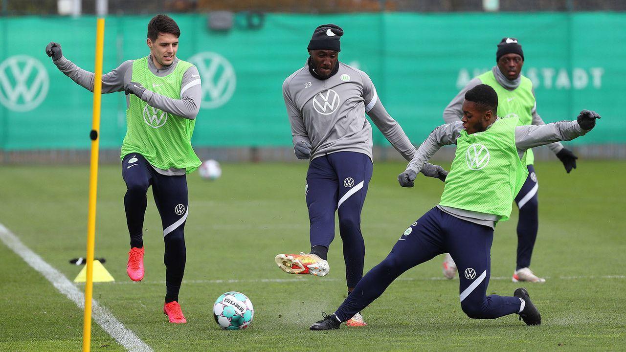 Platz 3: VfL Wolfsburg (57 Punkte) - Bildquelle: imago images/regios24