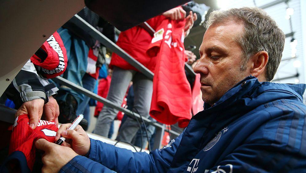 Hansi Flick ist seit November 2019 Cheftrainer des FC Bayern München. - Bildquelle: getty