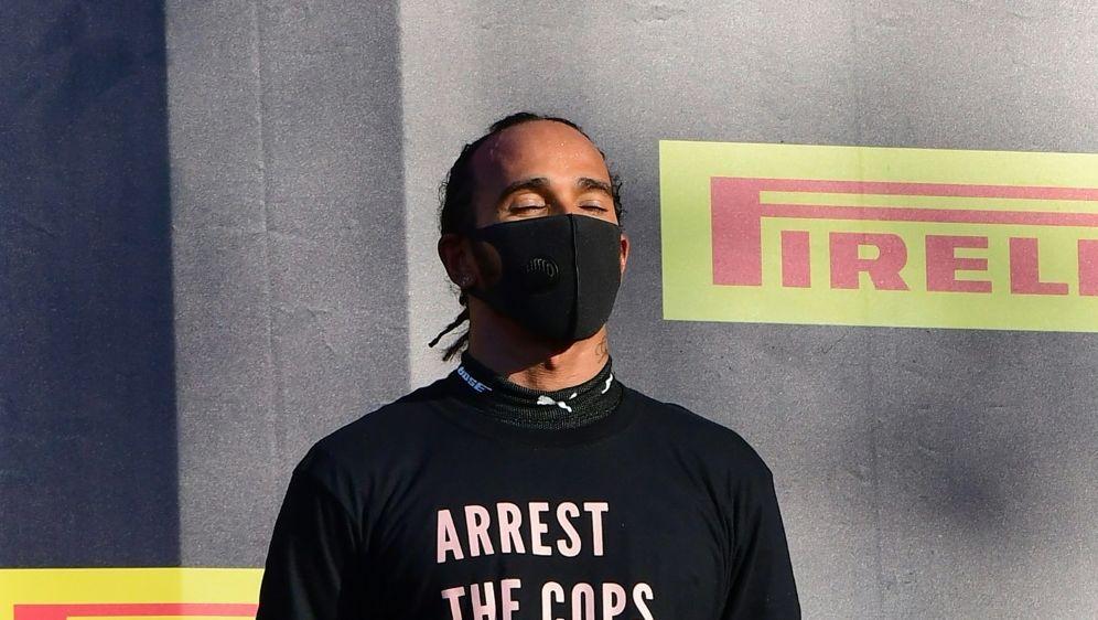 Lewis Hamilton muss keine Strafe befürchten - Bildquelle: AFPSIDJENNIFER LORENZINI