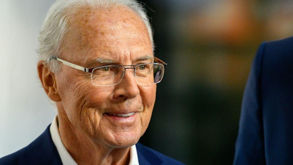 Franz Beckenbauer räumt Augeninfarkt ein - Bildquelle: AFPSIDSASCHA SCHUERMANN