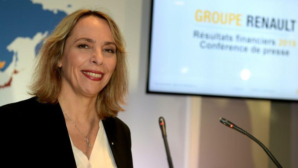 Clotilde Delbos stellte Renaults Budgetdeckelung vor - Bildquelle: AFPSIDERIC PIERMONT