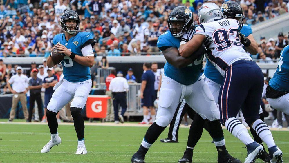 Jaguars-Quarterback Blake Bortles war gegen die New England Patriots kaum zu... - Bildquelle: Getty Images