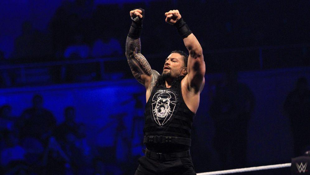 Roman Reigns wird nicht bei Wrestlemania 36 antreten. - Bildquelle: imago images/Pacific Press Agency