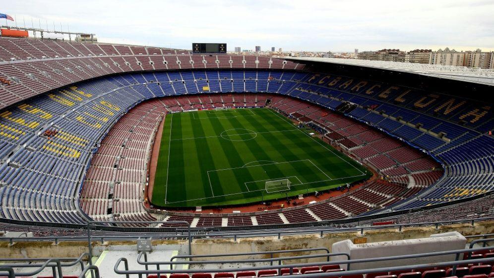 Das Camp Nou soll komplett überdacht werden - Bildquelle: PIXATHLONPIXATHLONSID