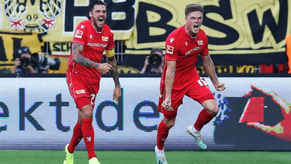 Bülter (r.) traf beim Union-Sieg gegen den BVB doppelt - Bildquelle: FIROFIROSID