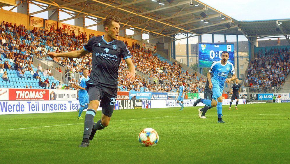 Der Chemnitzer FC steckt in einer Krise - Bildquelle: imago images / Kruczynski