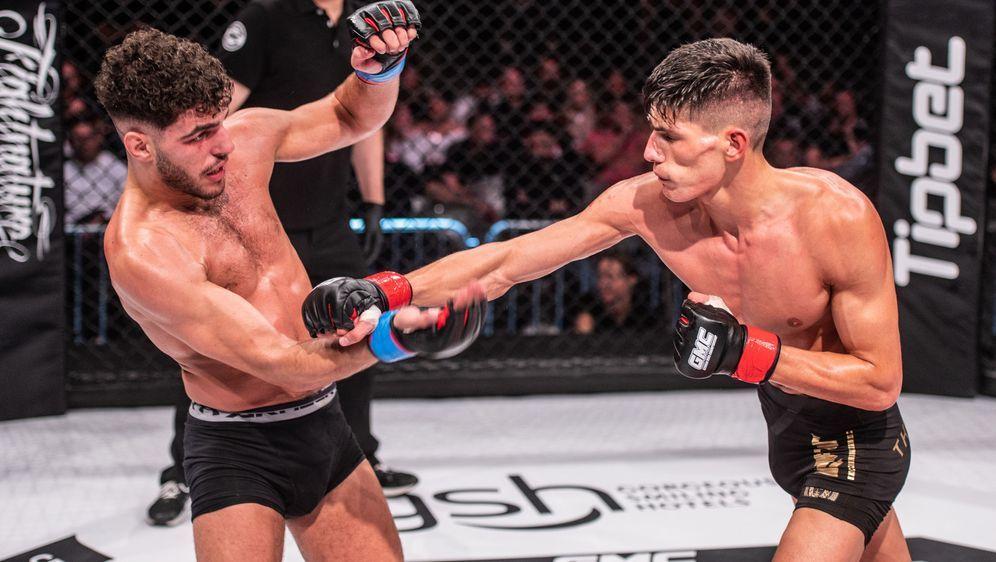 Islam Dulatov (re.) will bei NFC 1 seinen ersten Sieg als MMA-Profi - Bildquelle: FotoSevenSport