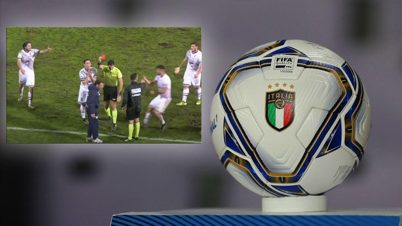 In der Nachspielzeit: Trainer stoppt Konter und sieht rot - Bildquelle: Getty Images / Youtube AV LIVE