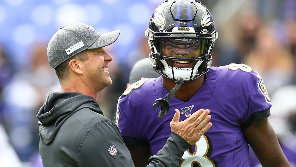 Baltimore-Bromance: John Harbaugh und Lamar Jackson. - Bildquelle: 2019 Getty Images