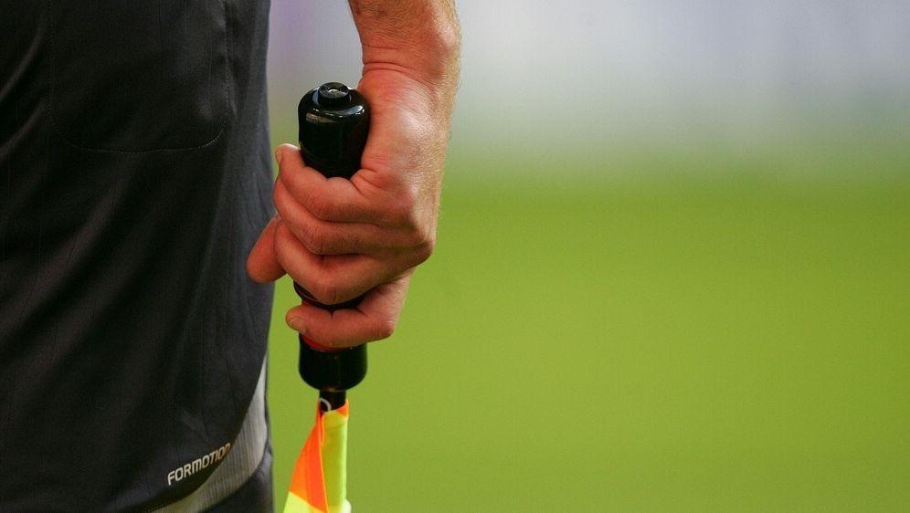 Duisburg: Schiedsrichter bei Kreisligaspiel verletzt - Bildquelle: FIROFIROSID