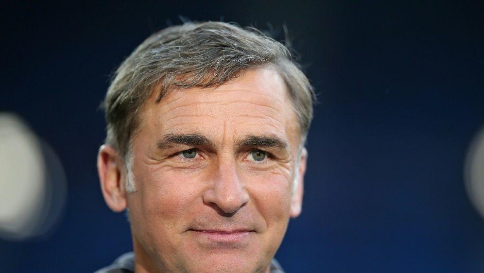 Stefan Kuntz und sein Team wünschen den DFB-Frauen Glück - Bildquelle: PIXATHLONPIXATHLONSID
