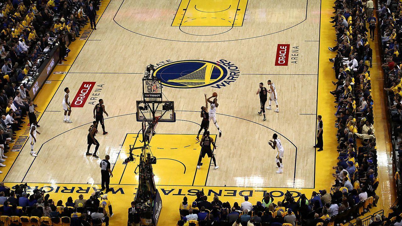 Warriors ziehen nach der Saison nach San Francisco - Bildquelle: 2018 Getty Images
