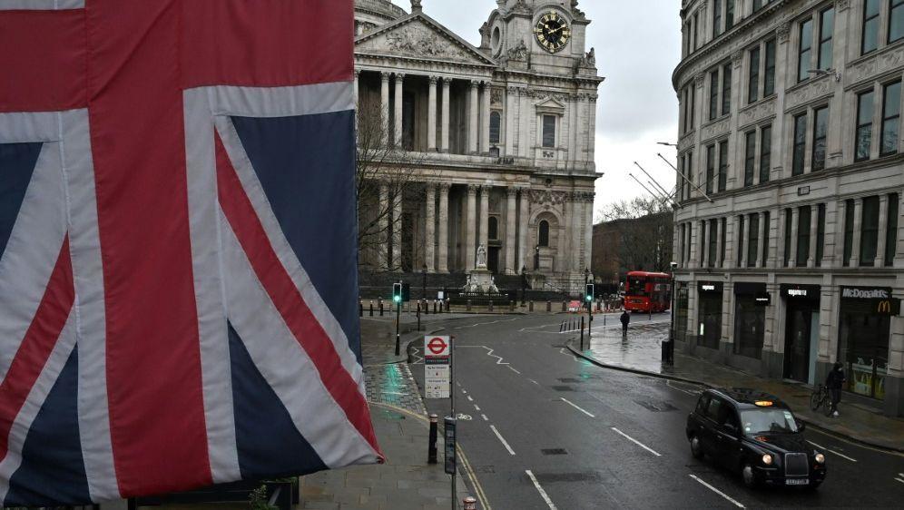 Großbritannien weist Spekulationen zurück - Bildquelle: AFPSIDJUSTIN TALLIS