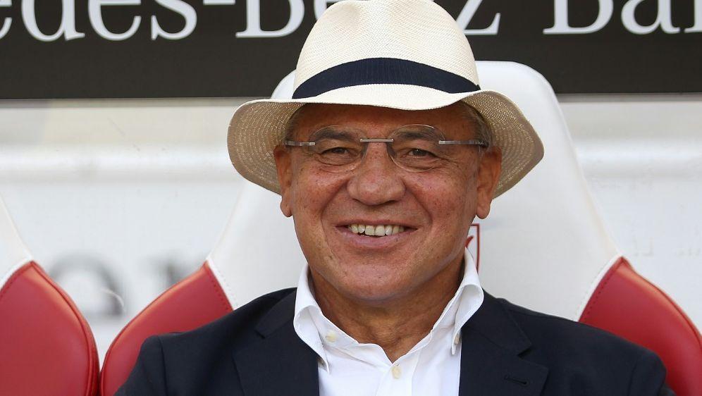 Felix Magath steigt bei Flyeralarm als Fußballchef ein - Bildquelle: FIROFIROSID
