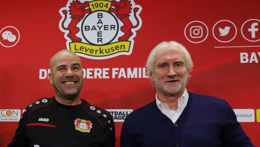 Seit 2019 ist Bosz (l.) Trainer der Leverkusener - Bildquelle: FIROFIROSID
