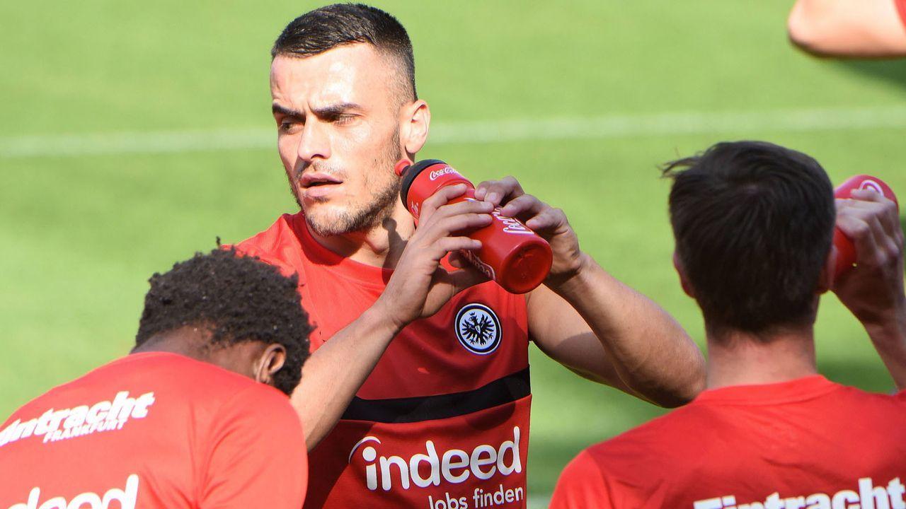 Eintracht Frankfurt - Bildquelle: imago images/Hartenfelser
