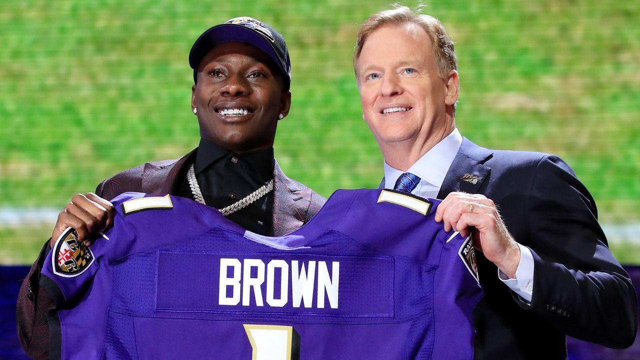 Draft Pick 25: Baltimore Ravens (durch Trade mit Philadelphia Eagles) - Bildquelle: Getty