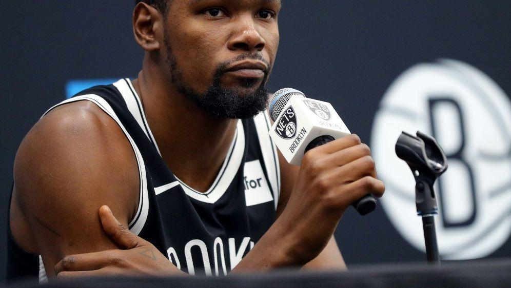 Kevin Durant wird diese Saison nicht mehr spielen - Bildquelle: AFPSIDMike Lawrie