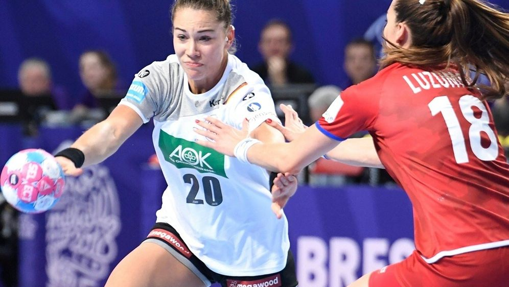 Emily Bölk war mit fünf Treffern beste deutsche Werferin - Bildquelle: AFPSIDFRED TANNEAU