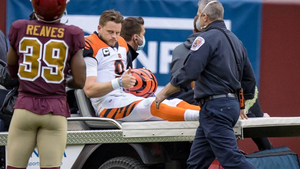Joe Burrow verletzte sich gegen Washington schwer am Knie. - Bildquelle: imago images/ZUMA Wire