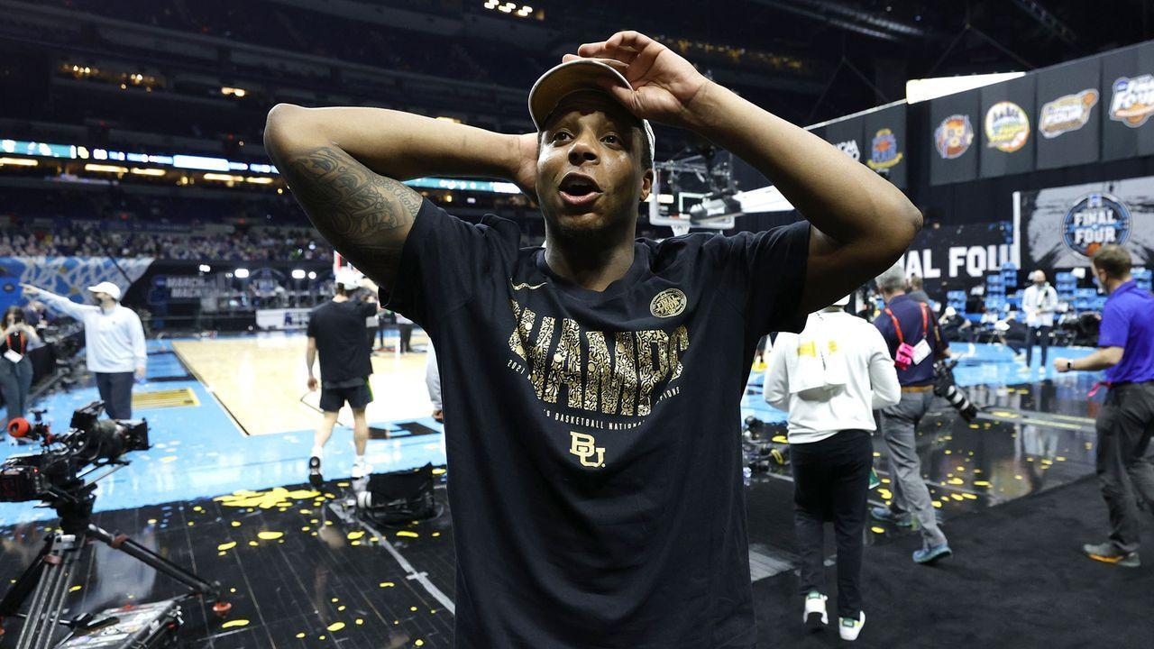 Basketball-Champion geht als Tight End zu den Seattle Seahawks - Bildquelle: Getty Images