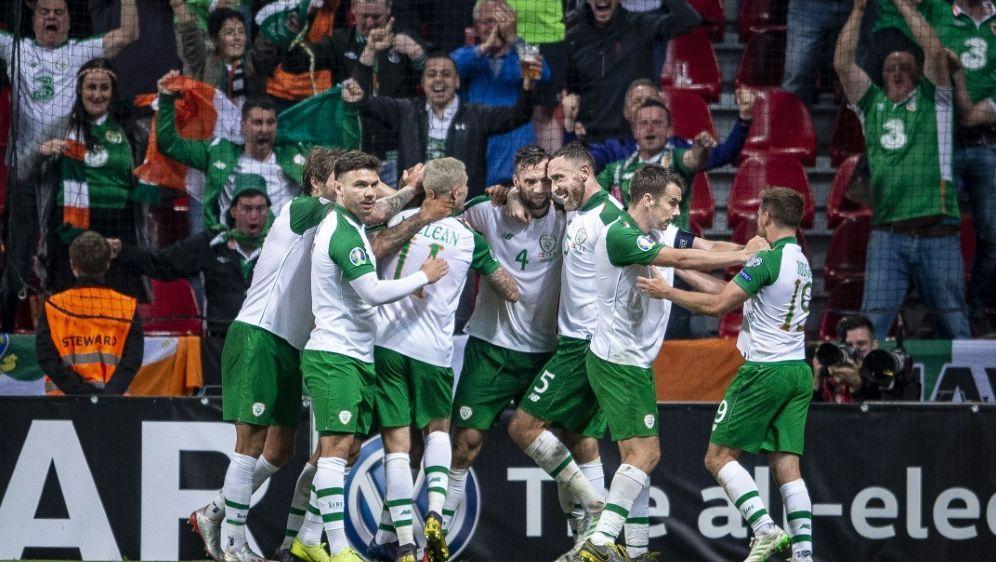 Europameisterschaft Em Quali Irland Und Danemark Weiter