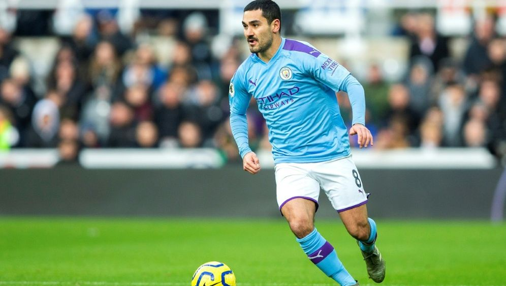 Ilkay Gündogan hat im Homeoffice Motivationsprobleme - Bildquelle: FIROFIROSID