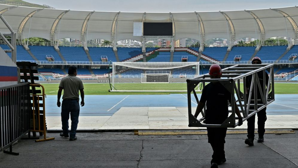 Ins Estadio Olimpico Pascual Guerrero sollen Zuschauer - Bildquelle: AFPSIDLUIS ROBAYO