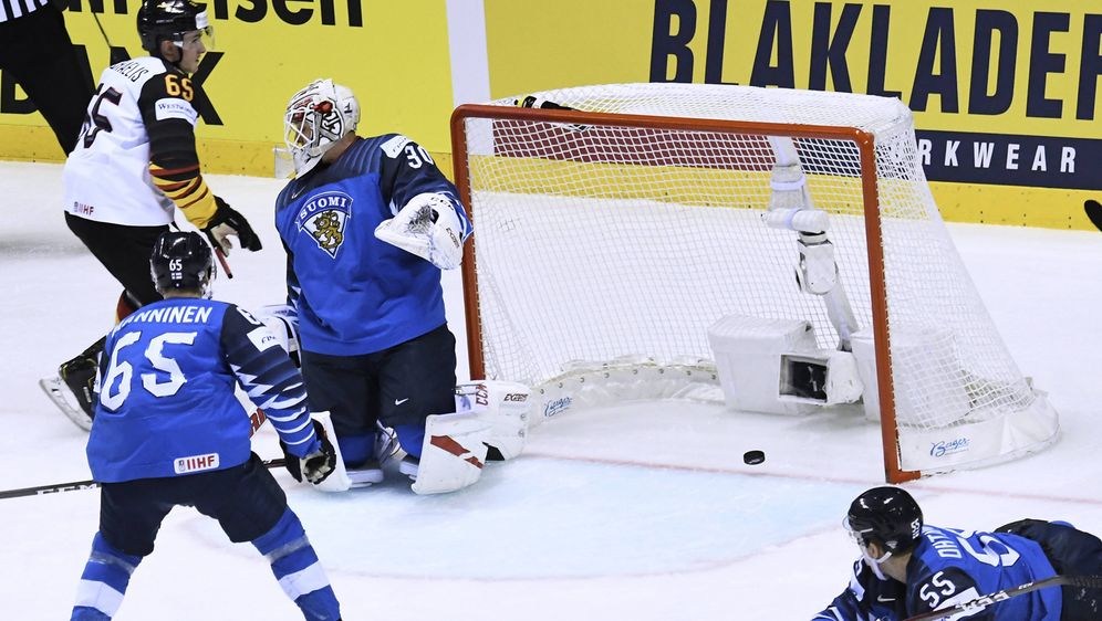 Das DEB-Team feierte gegen Finnland seinen fünften Turniersieg dieser WM - Bildquelle: AFPSIDJOE KLAMAR