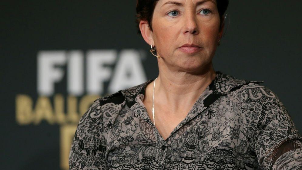 Verlängert ihren Vertrag beim DFB nicht: Maren Meinert - Bildquelle: FIROFIROSID
